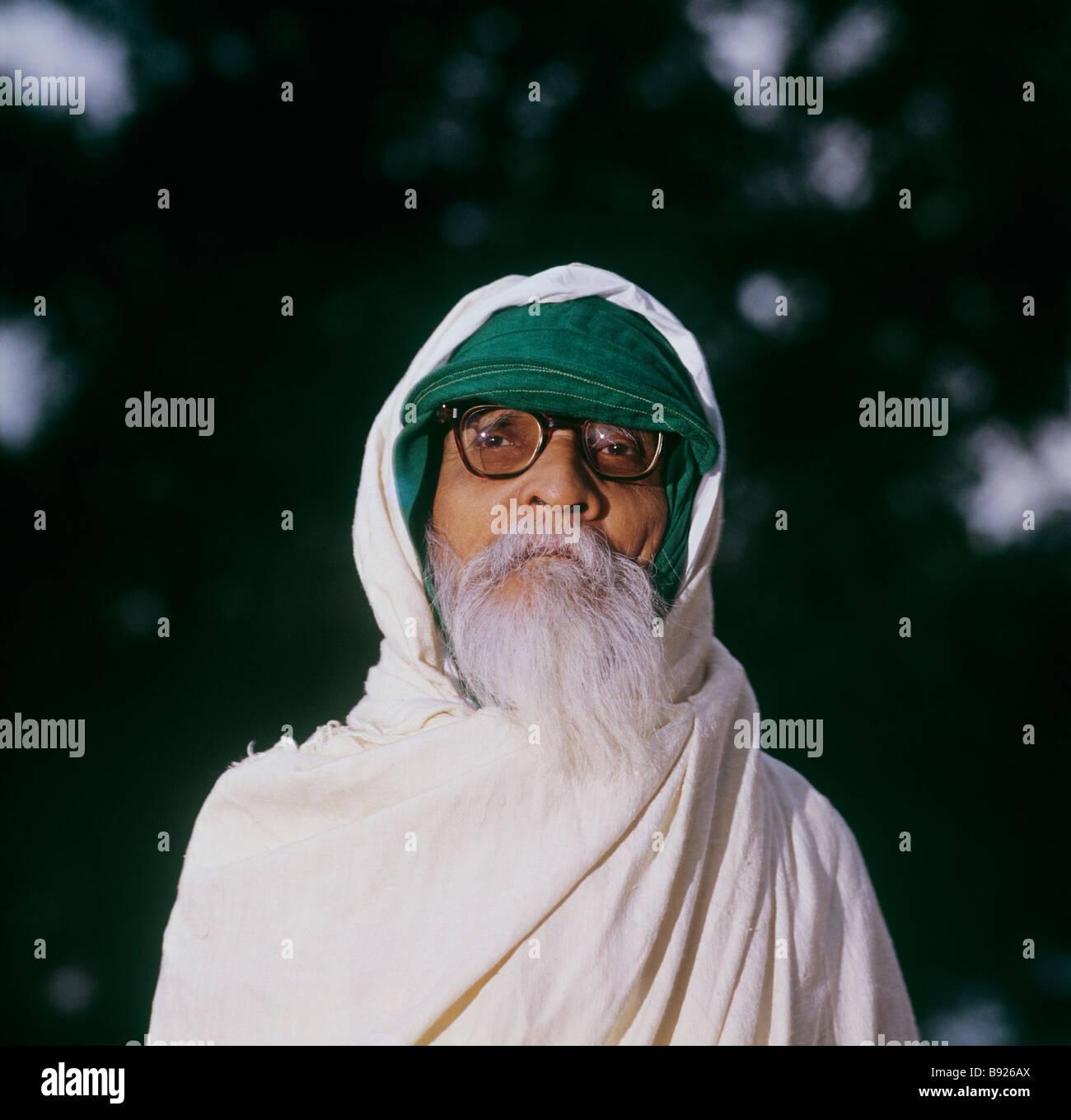 Vinoba Bhave, connazionale al Mahatma Gandhi, l uomo che ha camminato in tutta l India a chiedere per terra per Immagini Stock