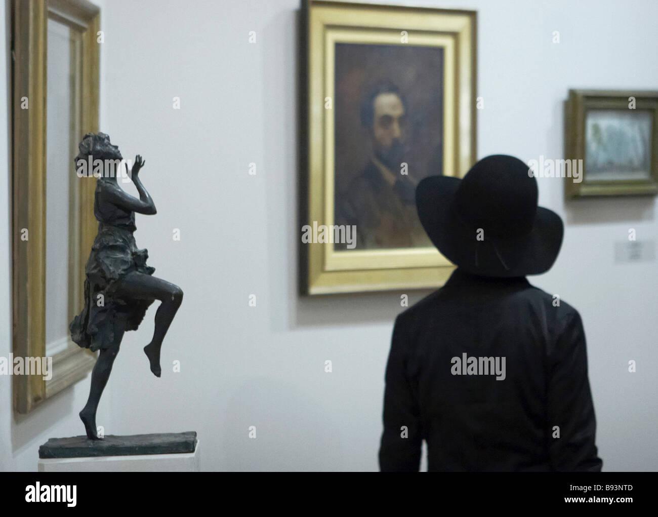Il tempo di esposizione per la raccolta di arte russa da collezioni private straniere che ha aperto presso il Museo Immagini Stock