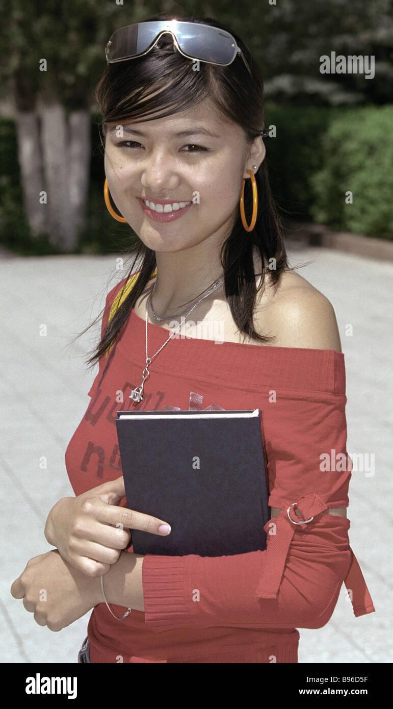 Studente di relazioni internazionali Dipartimento di russo slava del Kirghizistan University Immagini Stock