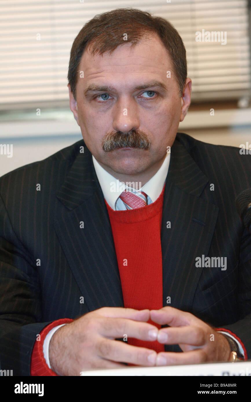 Dmitry Martynov Stampati i distributori il presidente dell associazione Immagini Stock