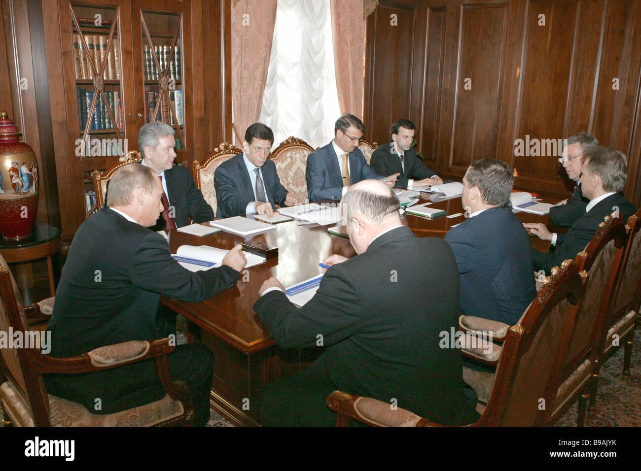 Il Cremlino conferenza su questioni economiche Immagini Stock