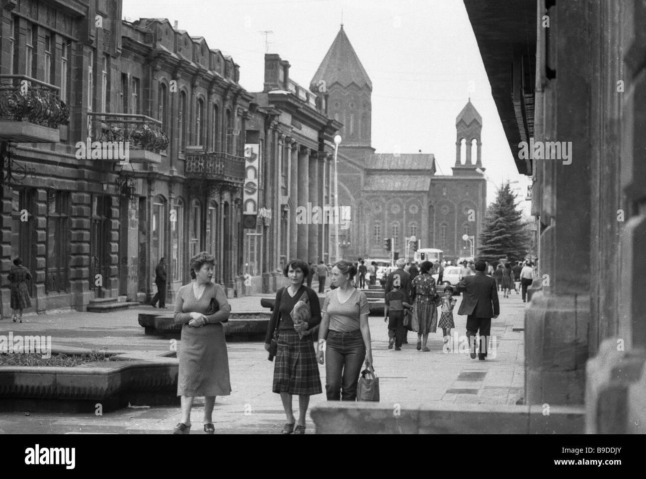 Una delle strade in stato Kumayri storici e architettonici di preservare la città di Leninakan Immagini Stock