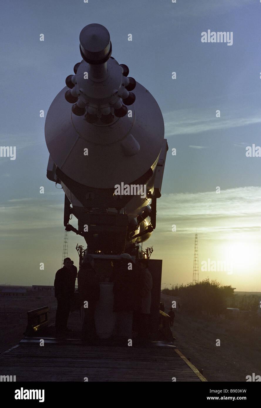 Il trasporto della Soyuz 25 al trampolino di lancio Immagini Stock