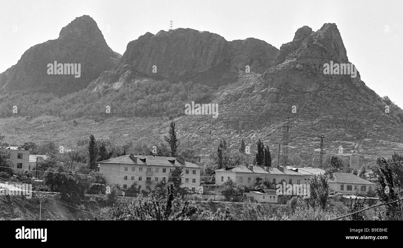 Suleiman Hill oggetto della pietà musulmana del Kirghizistan Immagini Stock