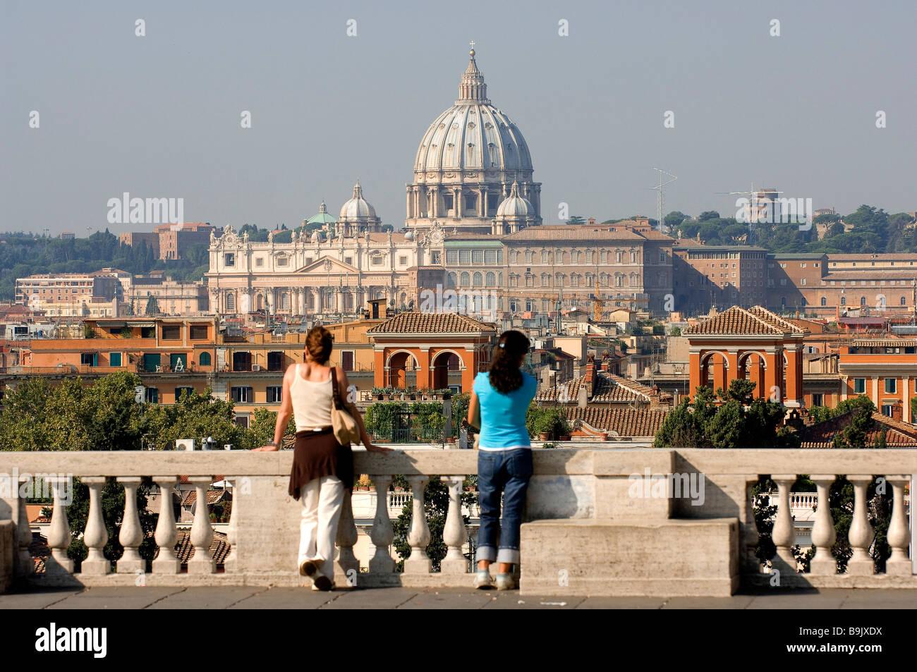 Italia Lazio Roma Basilica Di San Pietro In Vaticano