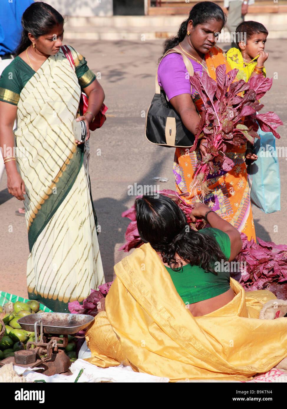 India Kerala Alappuzha Alleppey donne al mercato Immagini Stock