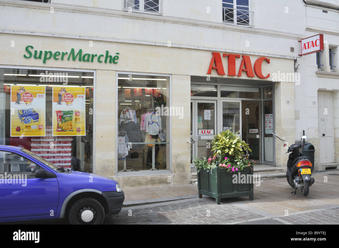 Francese supermercato ATAC Immagini Stock