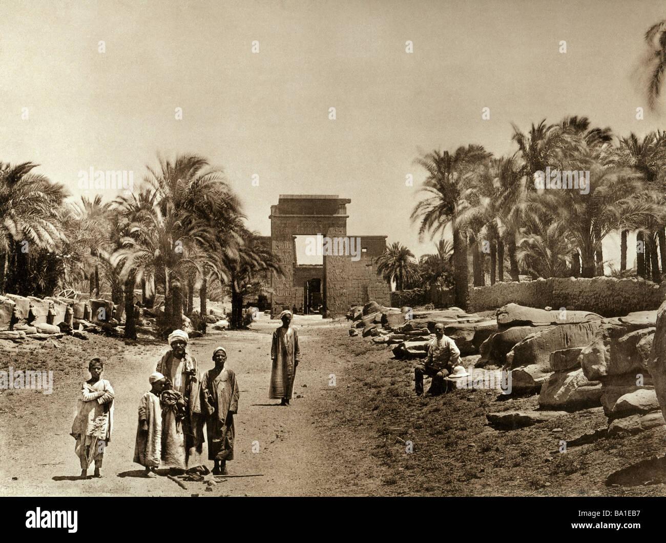 Geografia / viaggi, Egitto, Tebe East Bank, Karnak e il tempio di Amon-Ra, vicolo della Sfinge e pilone di re Tolomeo Immagini Stock