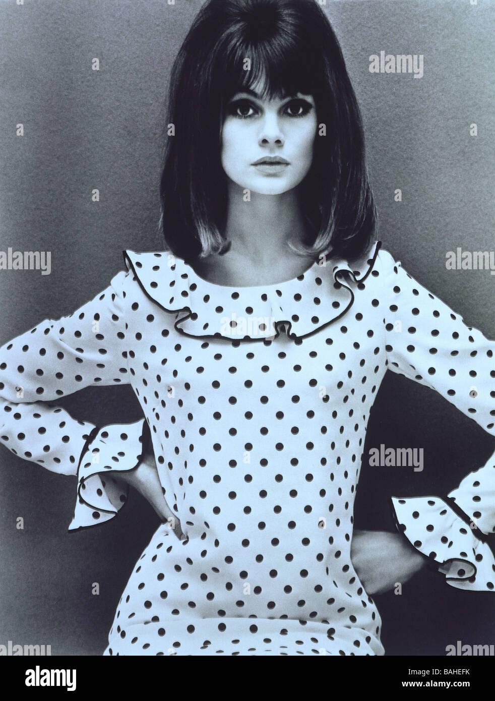 Jean Shrimpton in una Maria Quant abito. Foto di Giovanni francese. Inghilterra, 1964. Immagini Stock