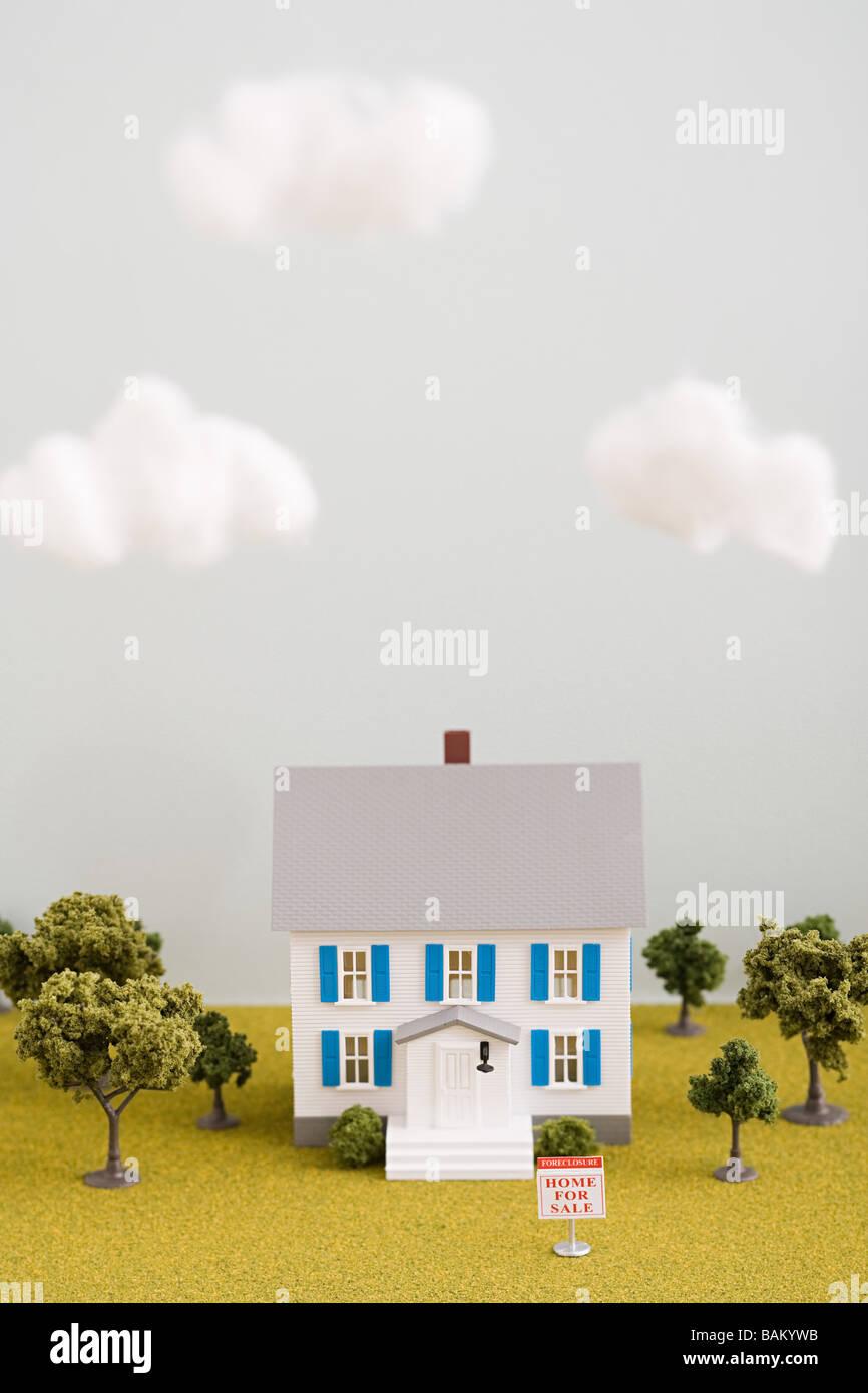 Modello di casa in vendita Immagini Stock