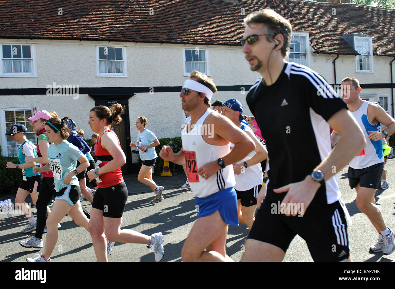 Guide di scorrimento in 2009 Shakespeare della Maratona e della mezza maratona, REGNO UNITO Immagini Stock