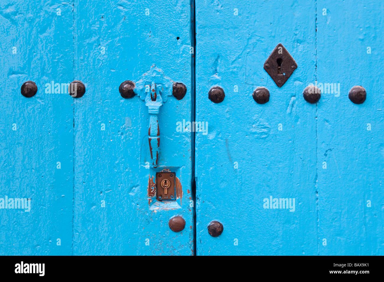 Marbella Malaga Provincia Costa del Sol Spagna porta blu Immagini Stock