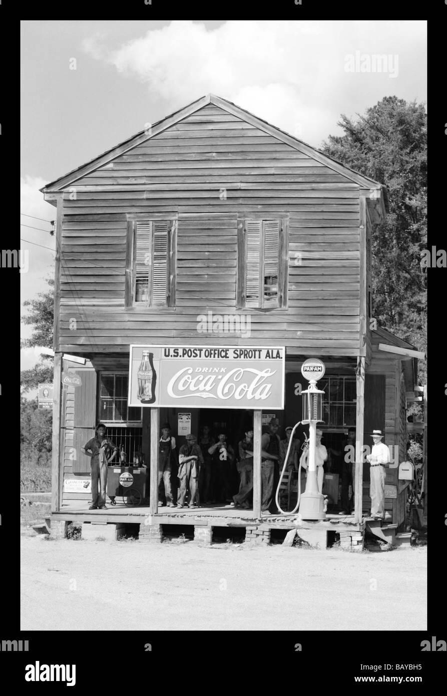 Il Crocevia Store Sprott in Alabama Immagini Stock
