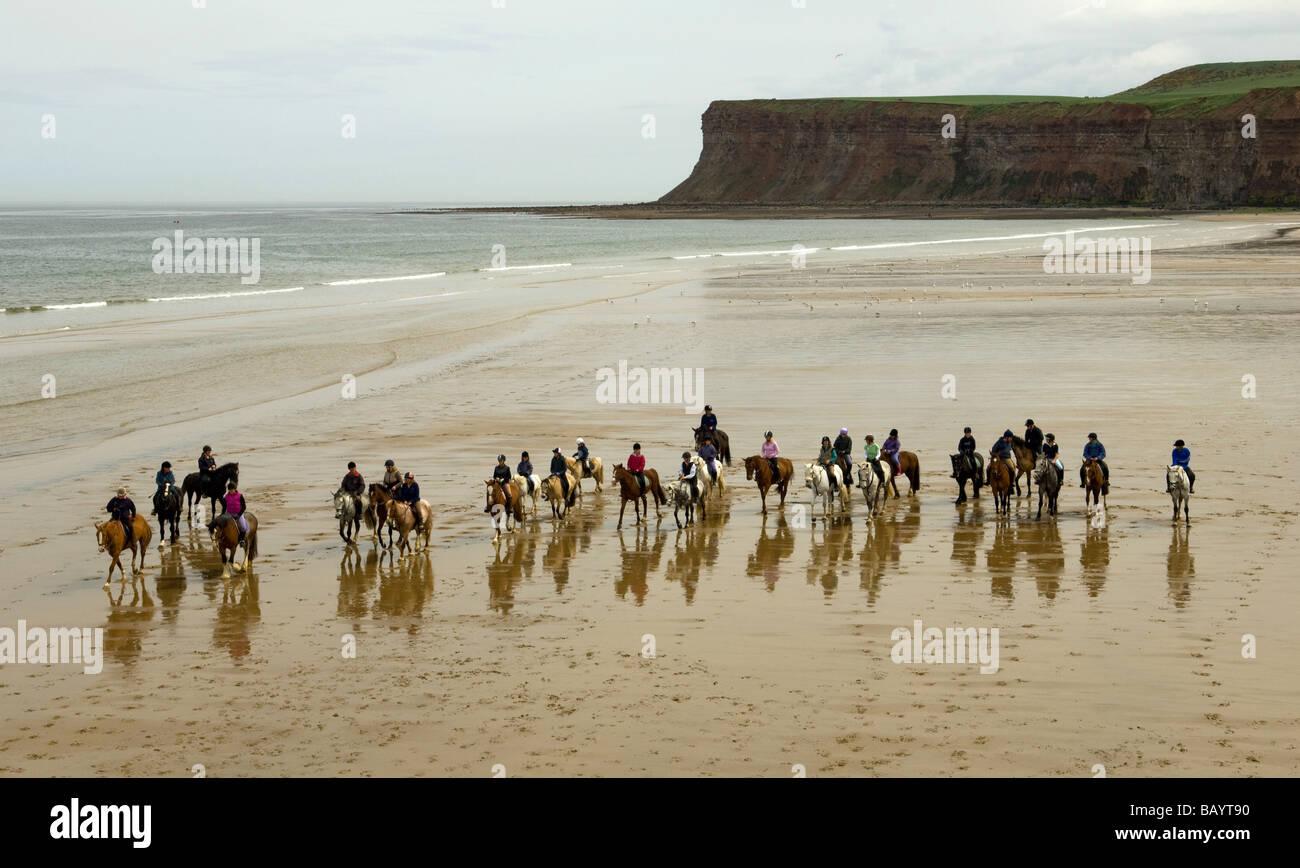 Saltburn Beach e la scuola di equitazione Immagini Stock