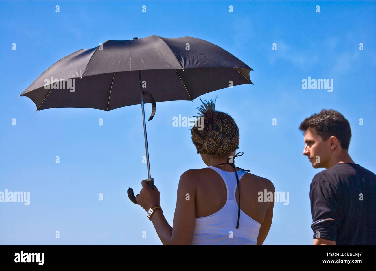 Donna nera che esce con un uomo bianco consigli