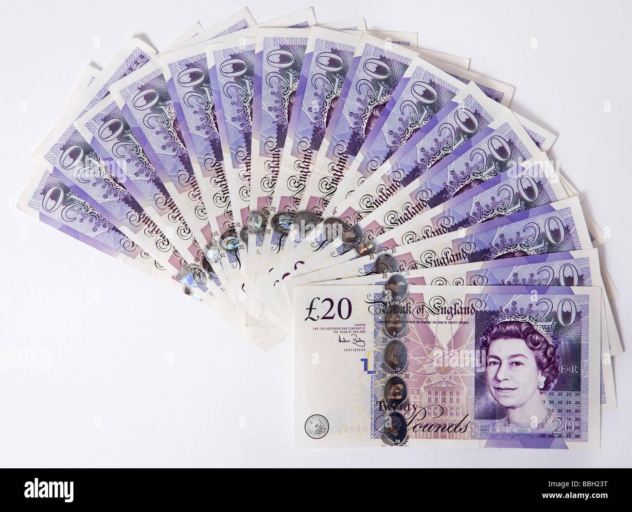 """""""Venti libbre' nota """"venti pound' le note di denaro in valuta sterlina stack bundle Immagini Stock"""
