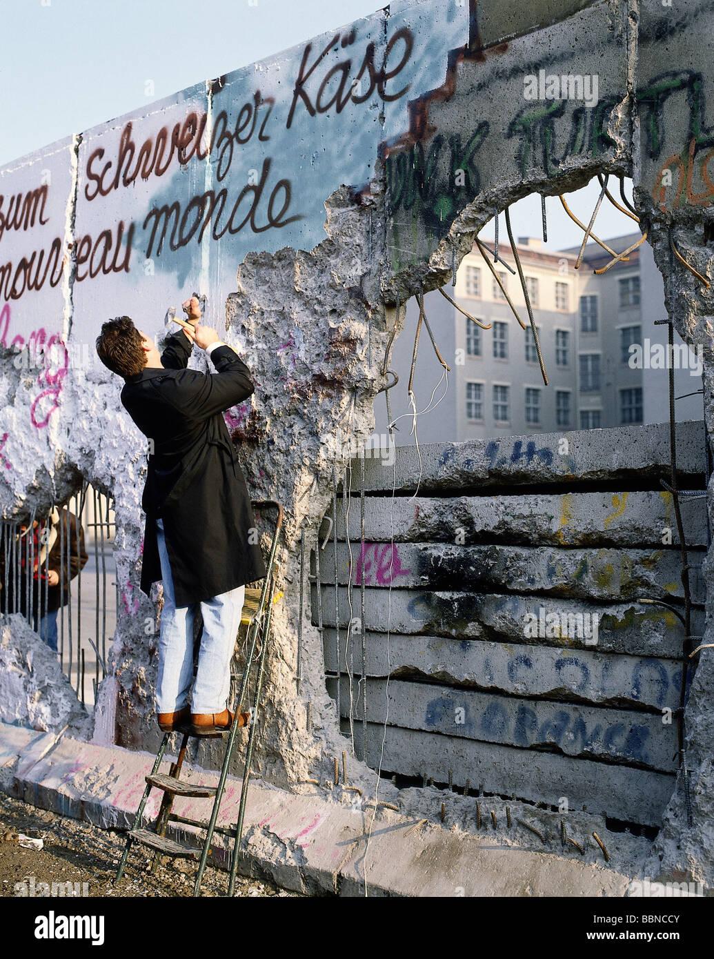 Geografia / viaggi, la Germania, la caduta del muro di Berlino, Pecker, Berlino, 9.11.1989, storico, storico del Immagini Stock