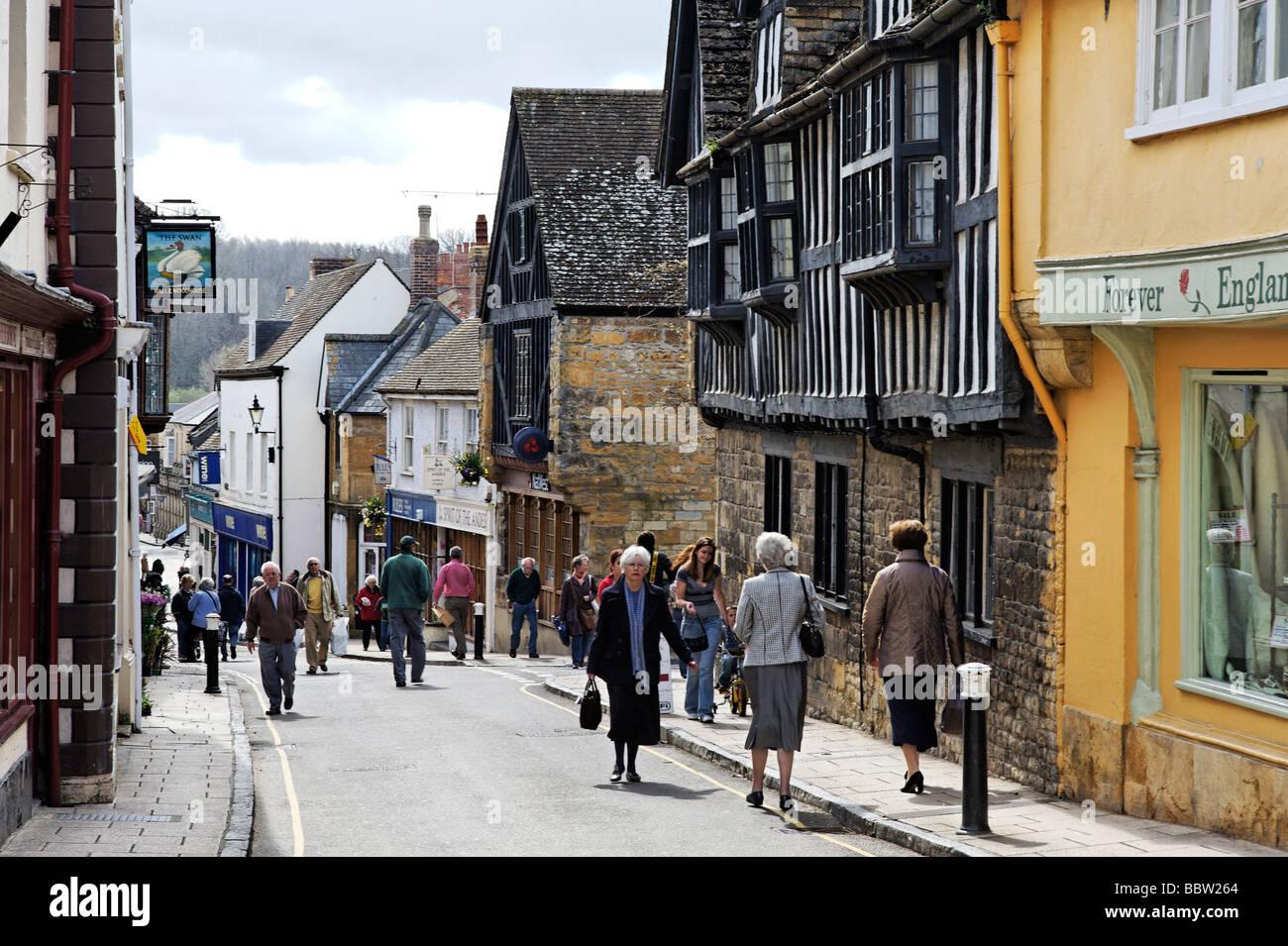 Vista economici St high street a Sherborne Dorset South West England Regno Unito Immagini Stock