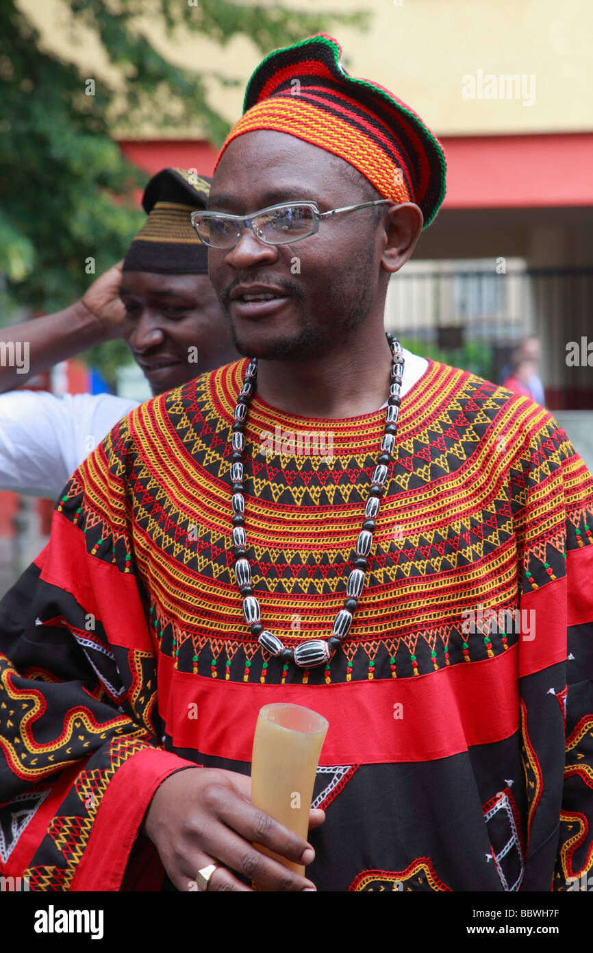 Germania Berlino Il Carnevale delle culture degli uomini africani Immagini Stock