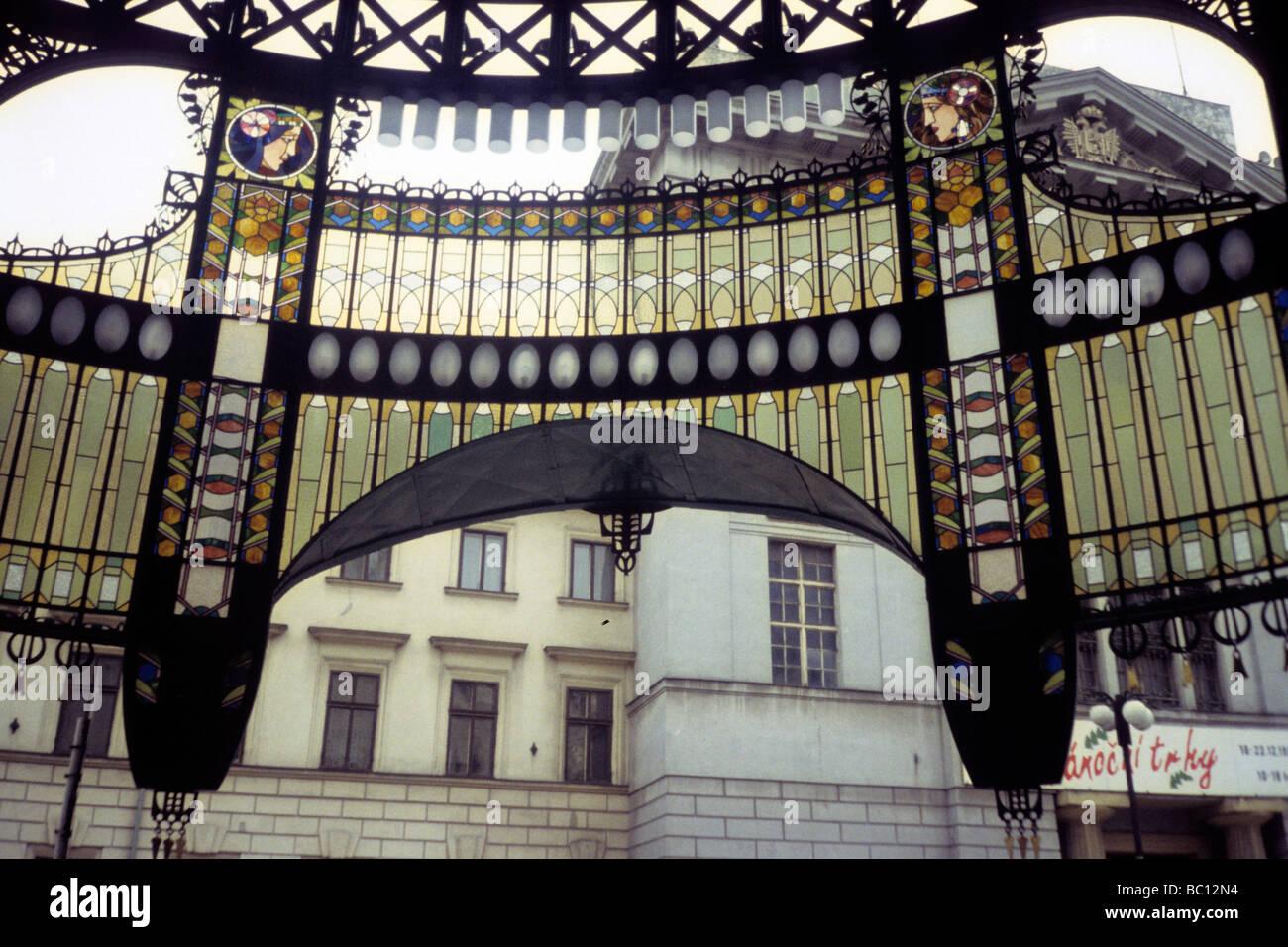 Praha stile Liberty porta in vetro Immagini Stock