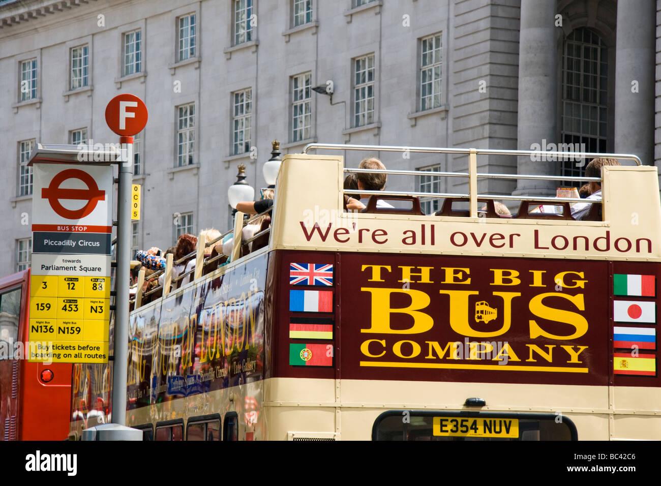 Il Big Bus Company bus aperti Regent Street Londra Inghilterra REGNO UNITO Immagini Stock