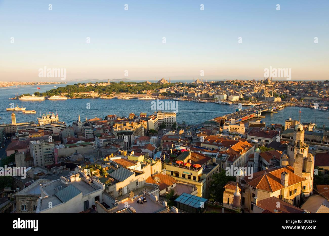 Il Golden Horn visto dalla Torre di Galata Istanbul Turchia Immagini Stock
