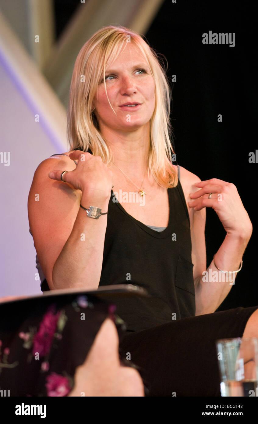 Jo Whiley British radio DJ su BBC Radio 1 e presentatore televisivo nella foto a Hay Festival 2009 Immagini Stock