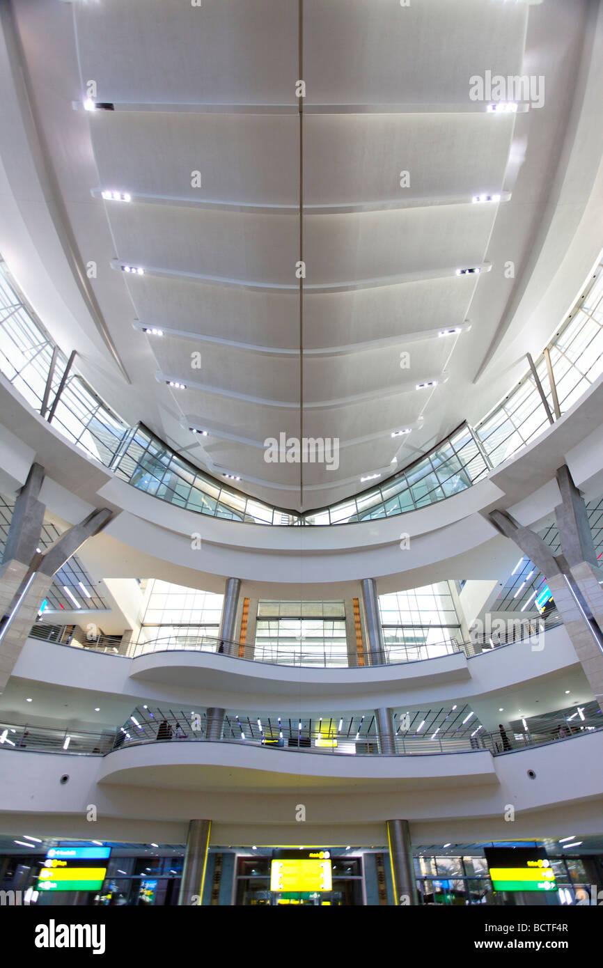 La sala arrivi, soffitto, OR Tambo Aeroporto Internazionale di Johannesburg, Sud Africa e Africa Immagini Stock