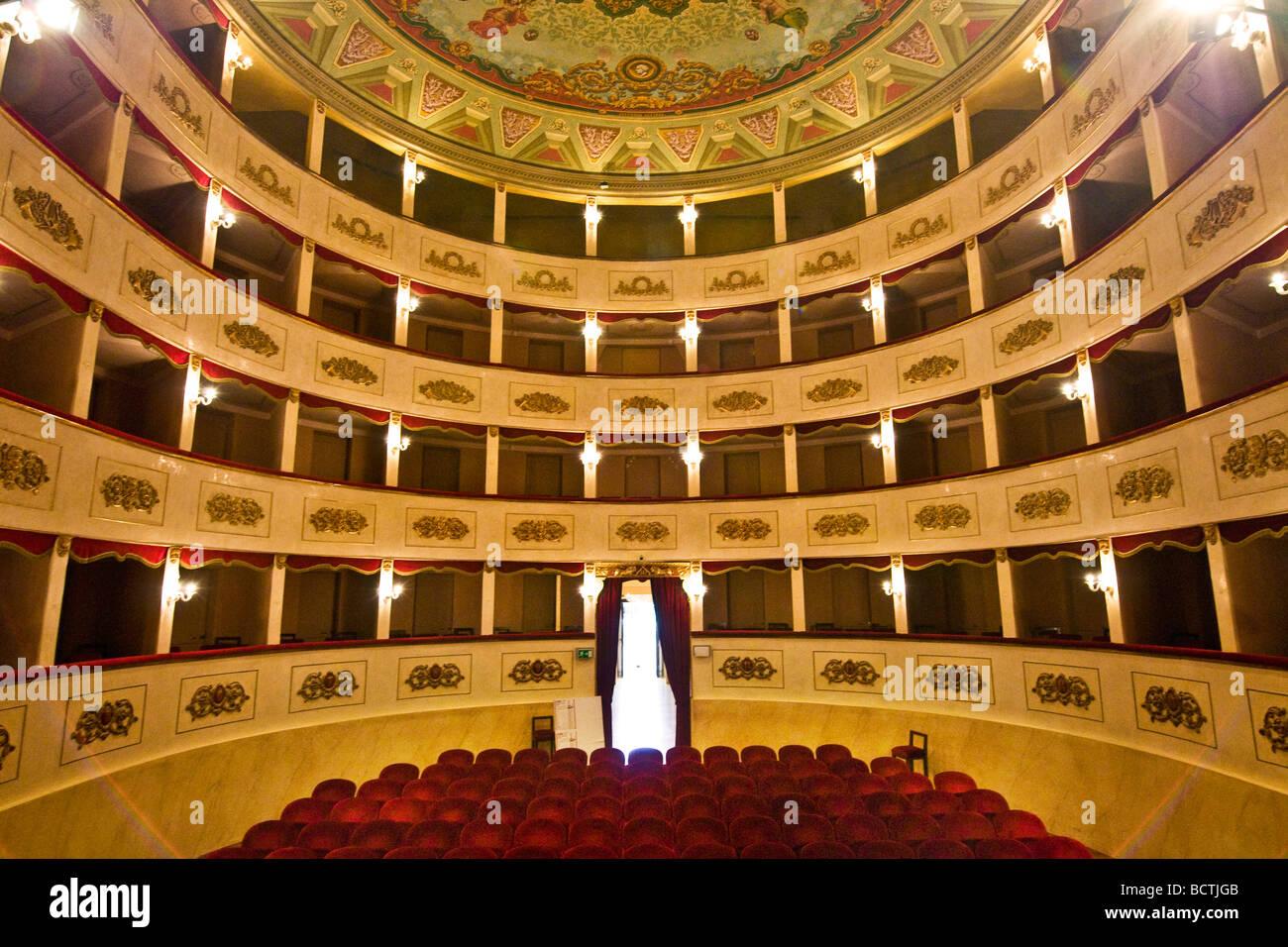 G Teatro Persiani Recanati Macerata Italia Foto & Immagine Stock ...