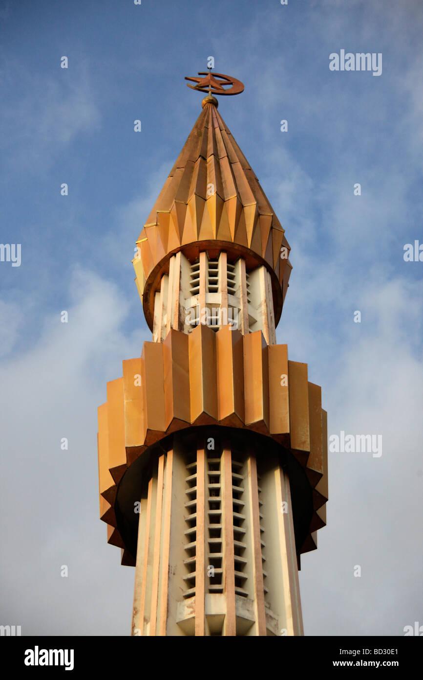 Il minareto della città capitale Bandar Seri Begawan Brunei Asia Immagini Stock