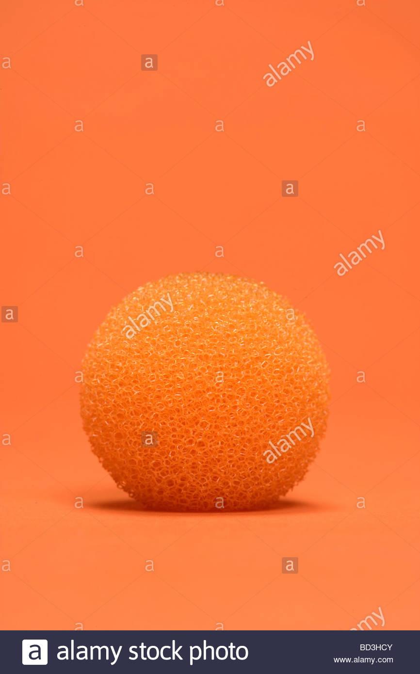 Una gomma espansa rotonda tipo oggetto sferico Immagini Stock