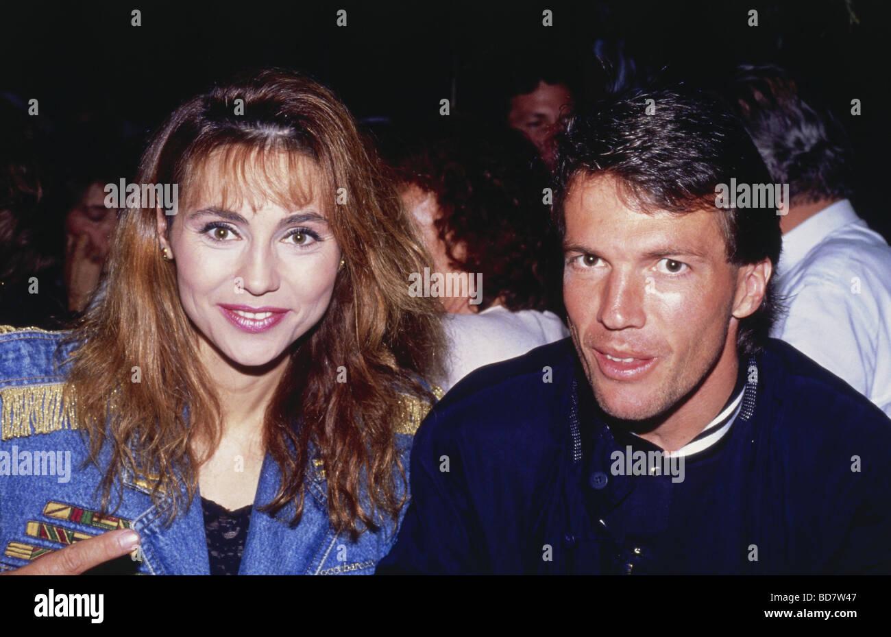 Matthäus, Lothar * 21.3.1961, atleta tedesco (calcio/calcetto) e mezza lunghezza con la sua seconda moglie Immagini Stock