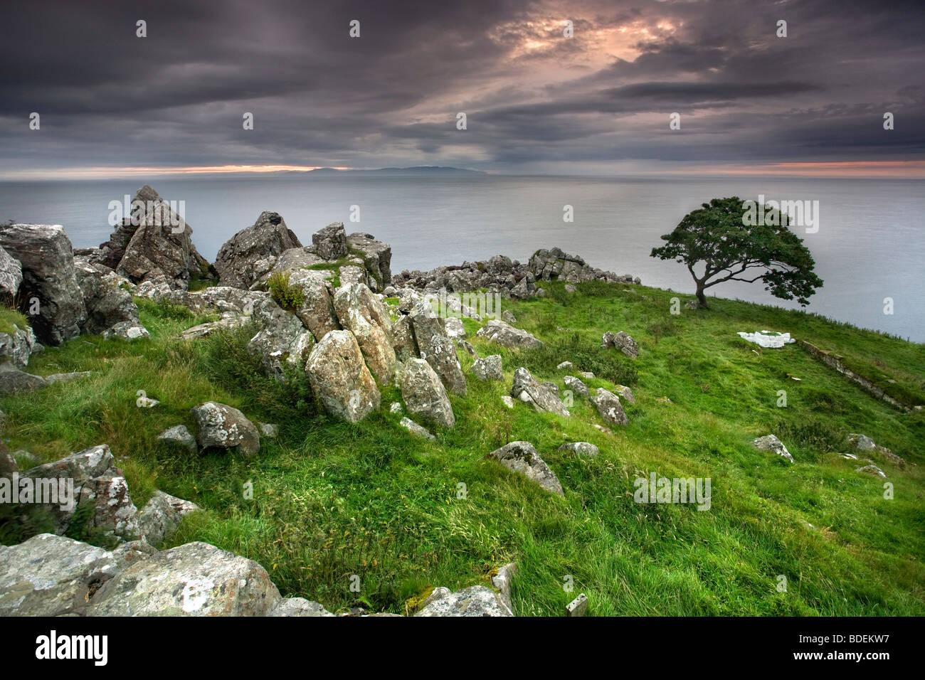 Murlough Bay al crepuscolo, Co Antrim, Irlanda del Nord. Immagini Stock