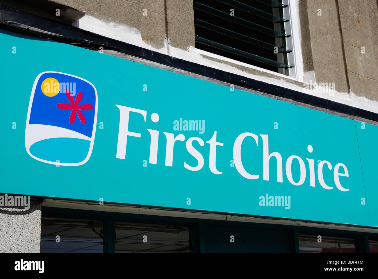 Il logo shop segno di ' prima scelta ' holiday travel company, England, Regno Unito Immagini Stock