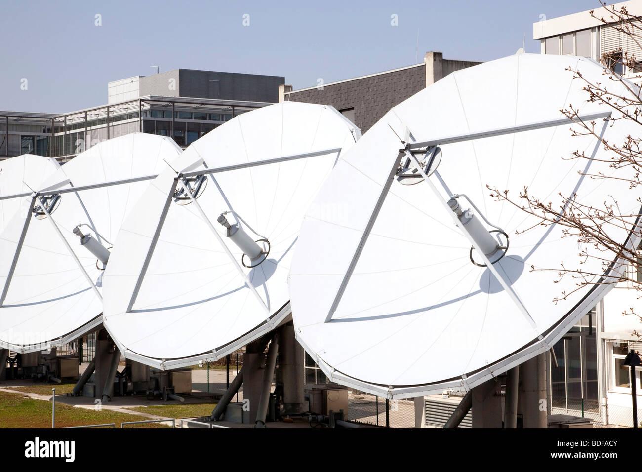 Kabel Deutschland company, parabole satellitari in Unterfoehring vicino a Monaco di Baviera, Germania, Europa Immagini Stock