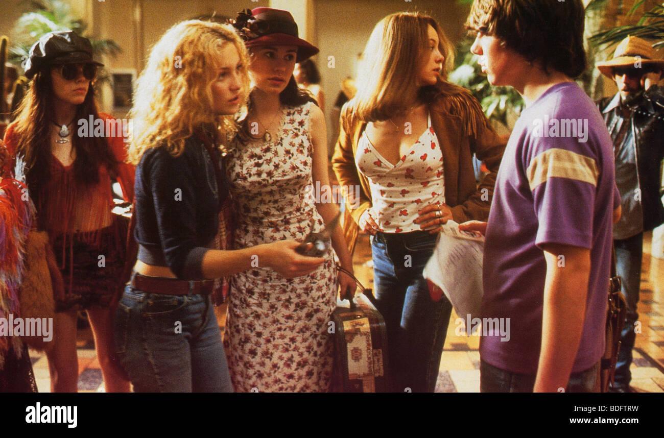 Quasi famosi - 2000 DreamWorks film con Kate Hudson come Penny Lane secondo da sinistra Immagini Stock