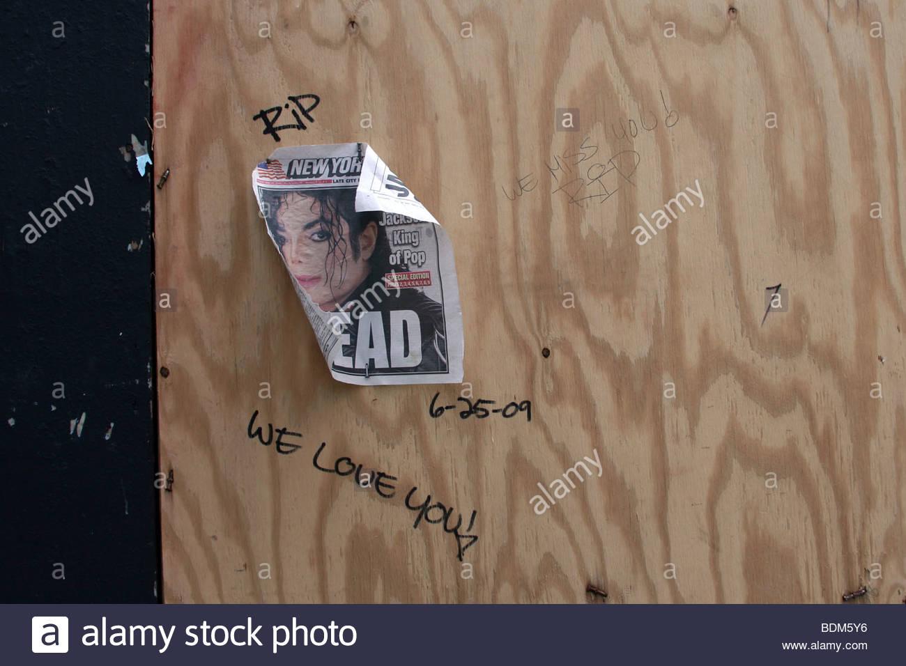 Michael Jackson, immagine, news, giornale, parete, morte, morti, Immagini Stock