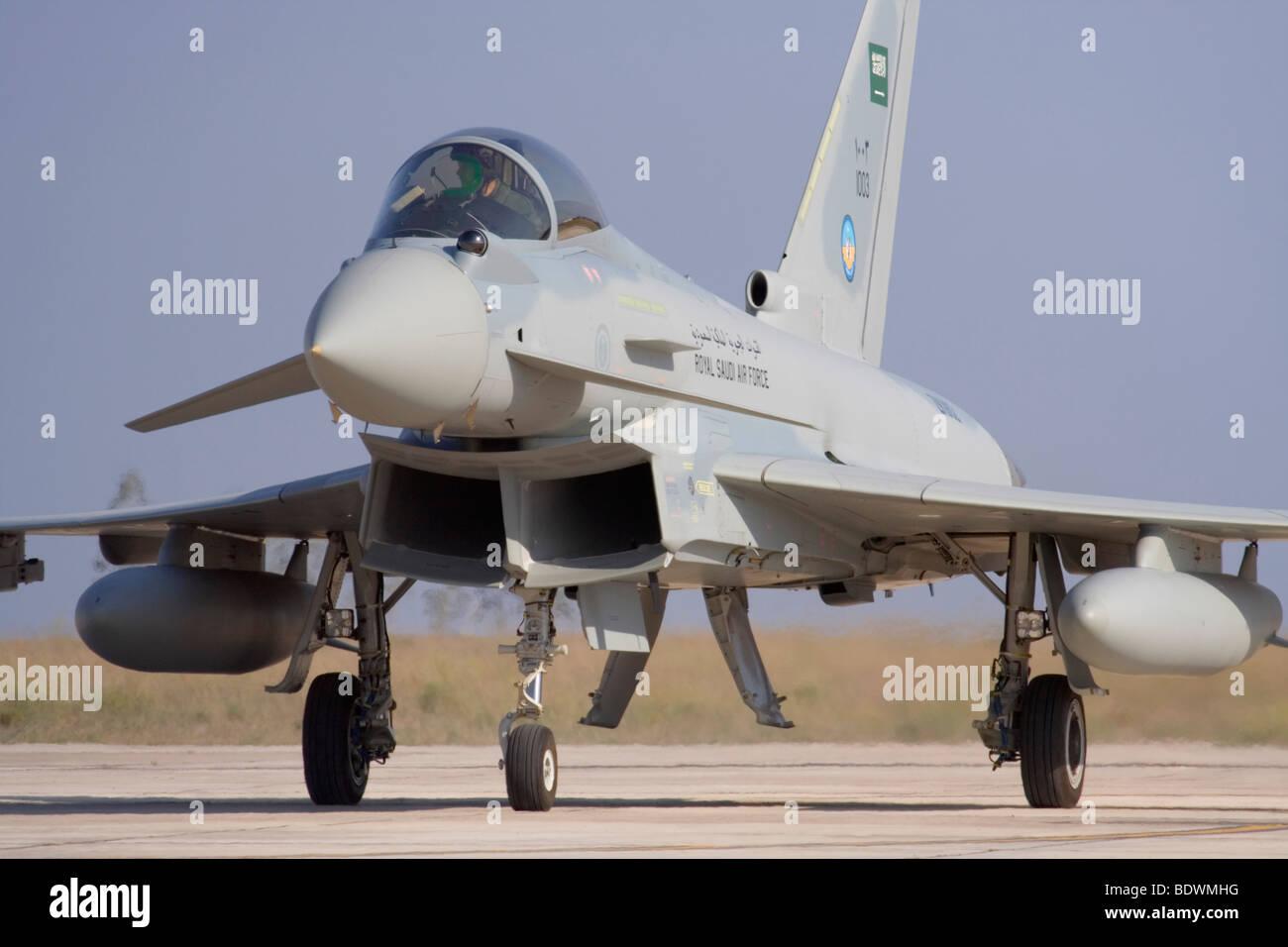 La tecnologia avanzata in modern warfare. Royal Saudi Air Force Eurofighter Typhoon jet da combattimento aereo Immagini Stock