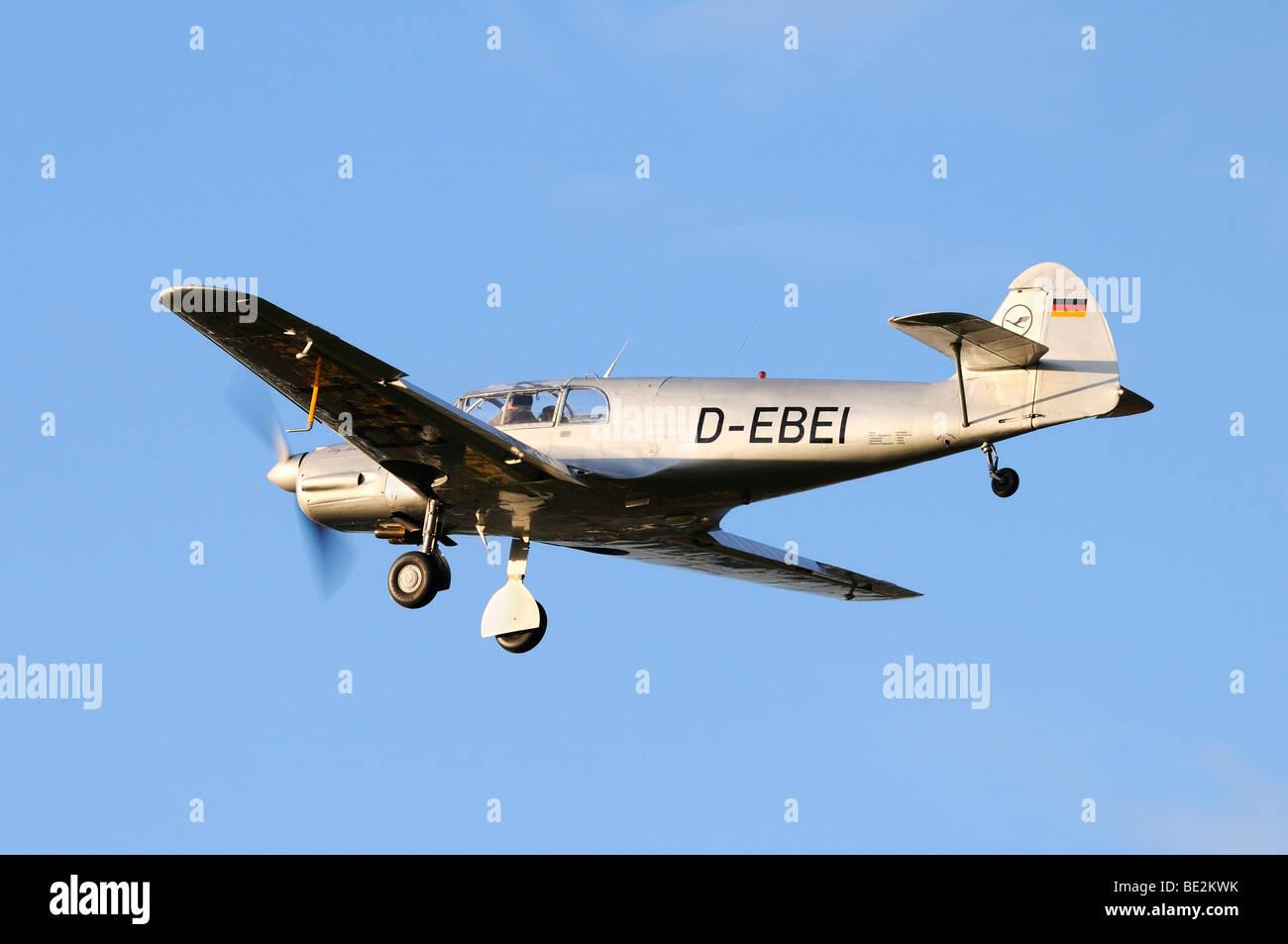 Il tedesco lo sport e i viaggi aerei Messerschmitt Bf-108 Taifun, in Europa la più grande riunione dei piani Immagini Stock