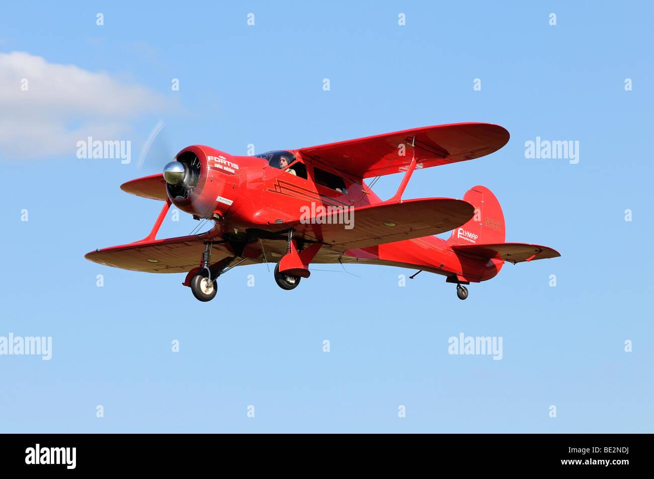 American Beechcraft modello 17 Staggerwing biplano, Europa più grande incontro dei piani vintage a Hahnweide, Immagini Stock