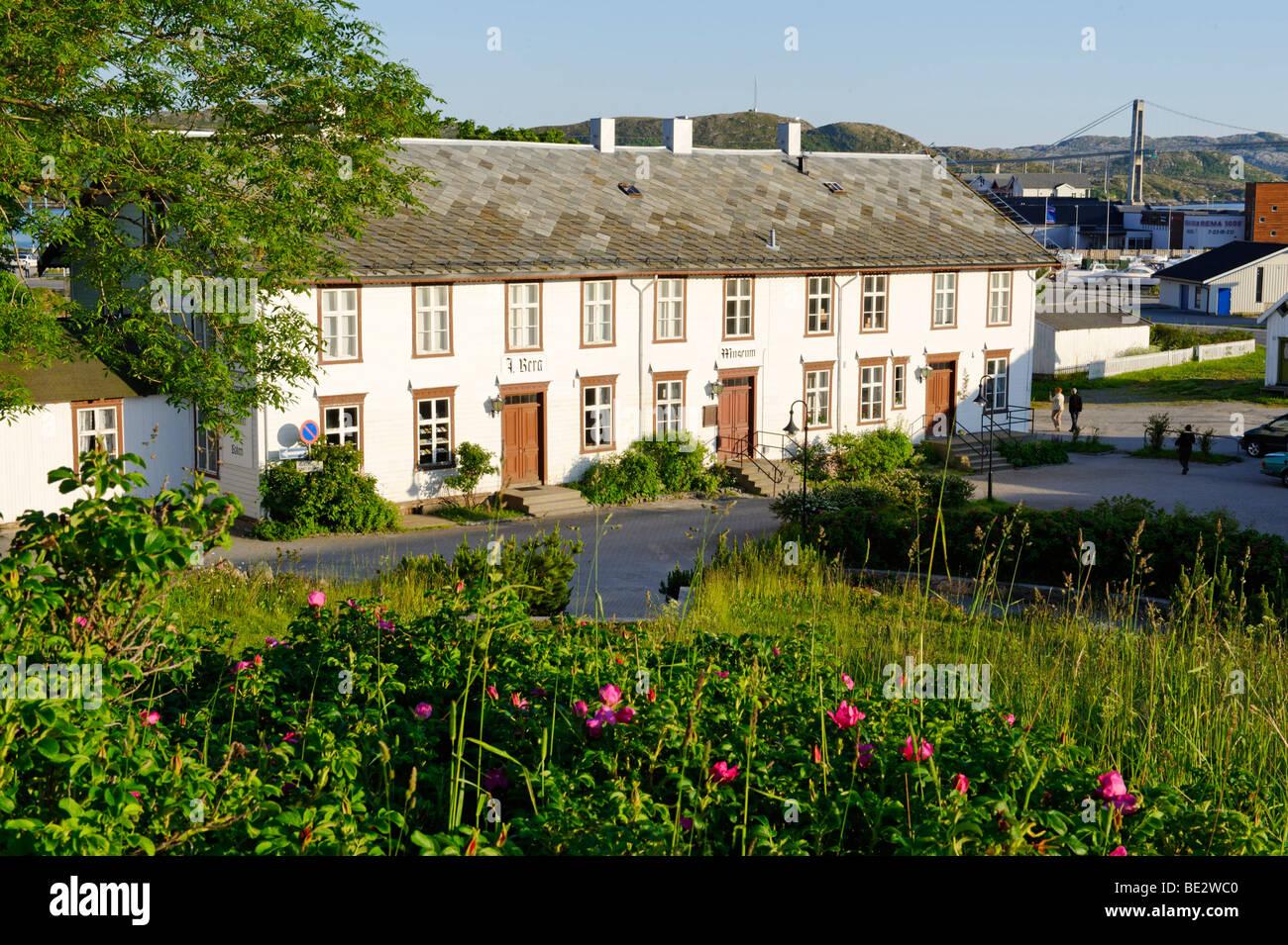 Ex stazione commerciale Berggarden, ora museo locale, Rorvik, Norvegia, Scandinavia, Europa Immagini Stock