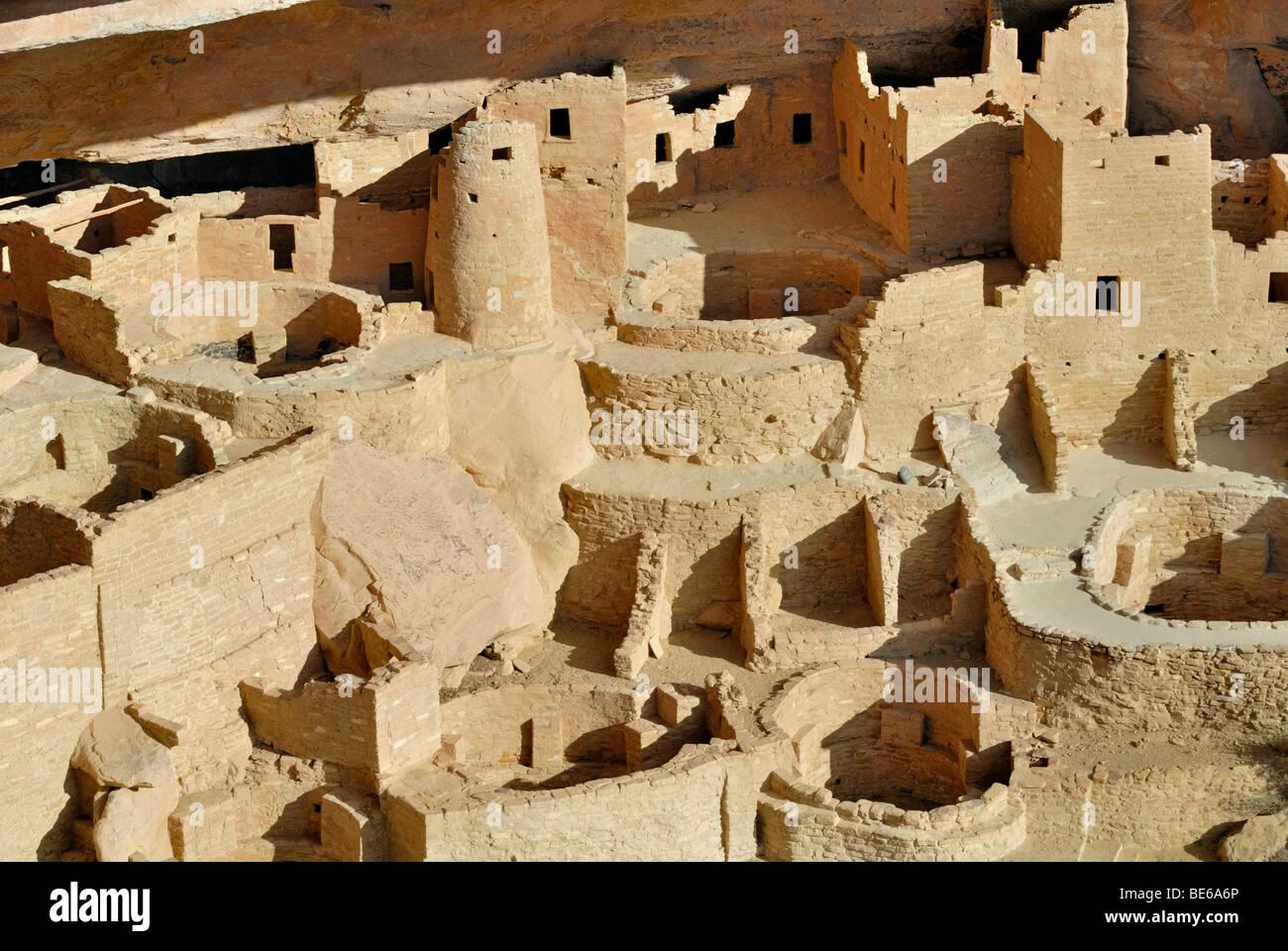 Dimora storica e sito di culto del Puebloans ancestrale, Cliff Palace, vista parziale, circa 1200 Annuncio, Mesa Immagini Stock