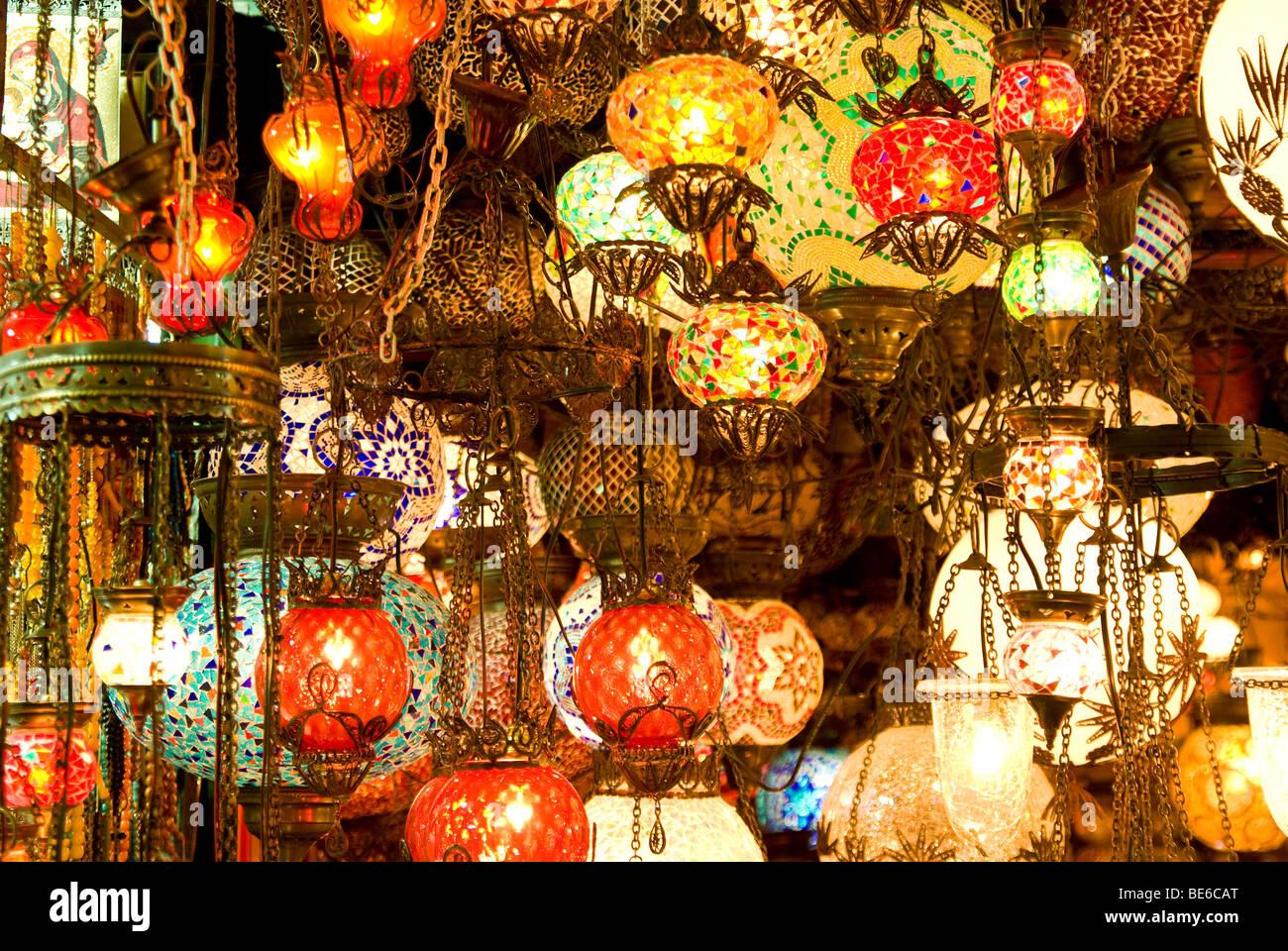 Bazaar istanbul immagini bazaar istanbul fotos stock alamy - Istanbul bagno turco ...