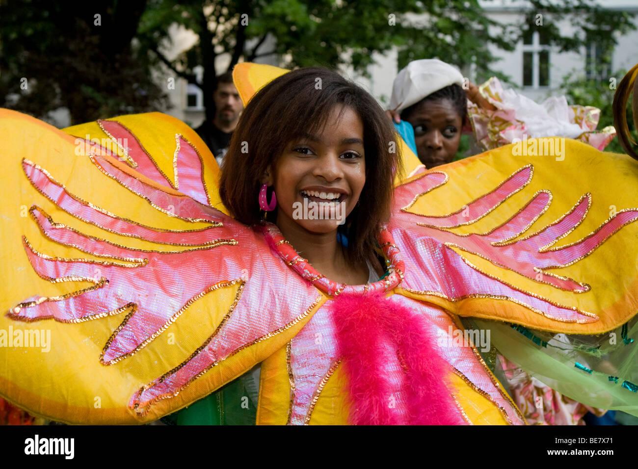 Giovane donna, gruppo Amasonia, il Carnevale delle culture 2009, Berlino, Germania, Europa Immagini Stock