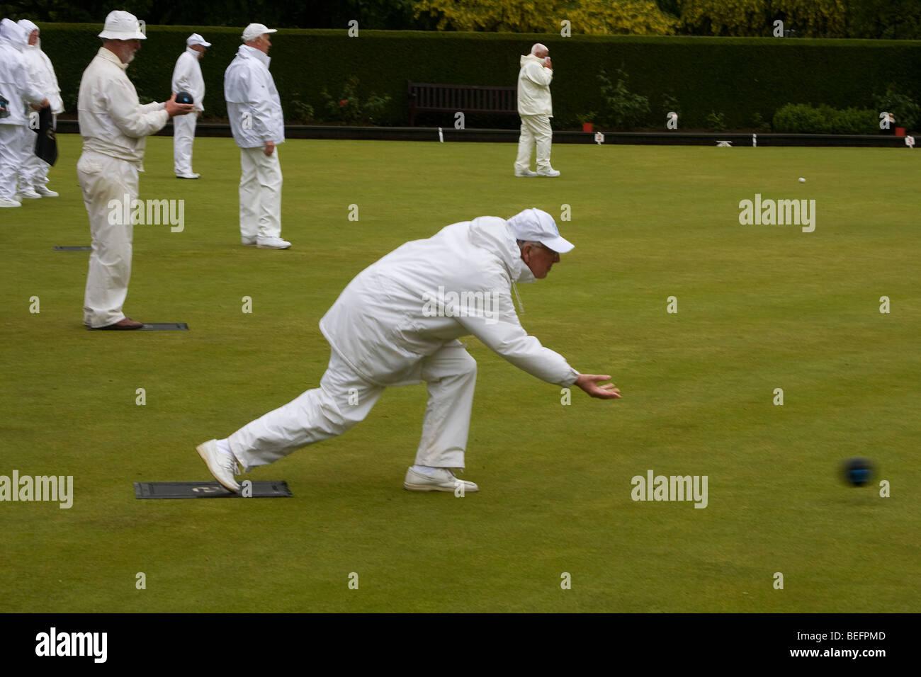 Lawn Bowls giocato in caso di pioggia Immagini Stock