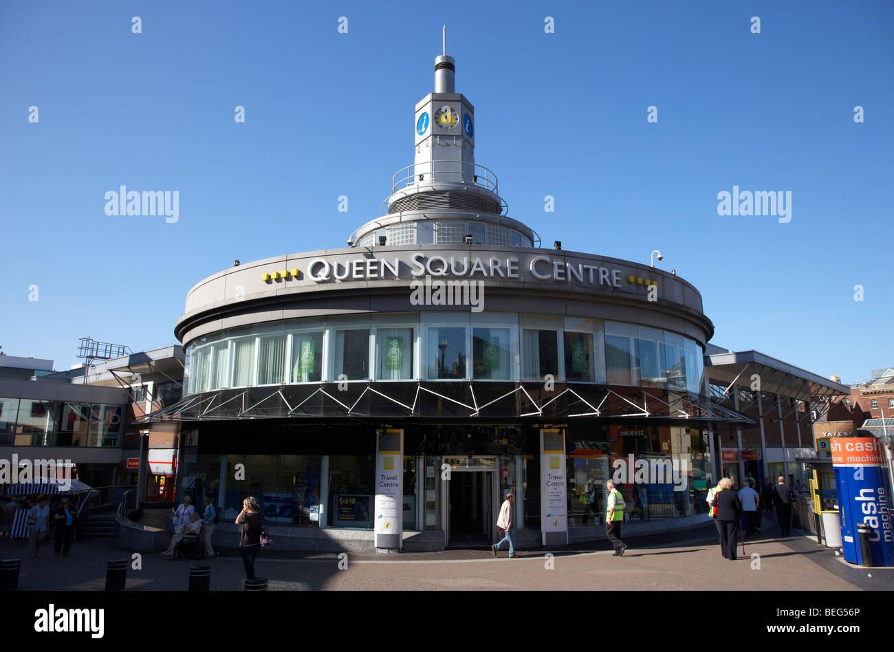 Queen Square centro viaggi per merseytravel Liverpool Merseyside England Regno Unito Immagini Stock