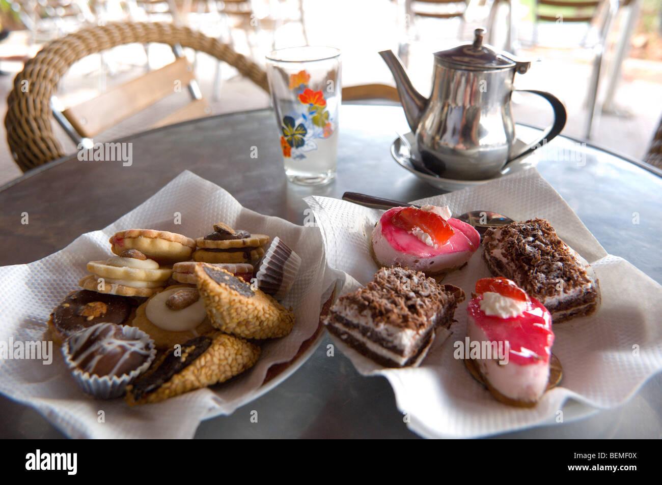 Bollitore per tè e nelle pasticcerie, Casablanca, Marocco, Africa Immagini Stock