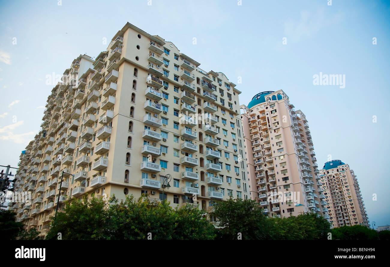 Alto edificio di appartamenti in Gurgaon Haryana India Immagini Stock