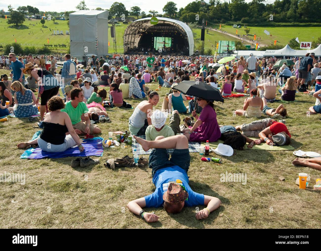 Le persone al Big Chill festival in Gran Bretagna Immagini Stock