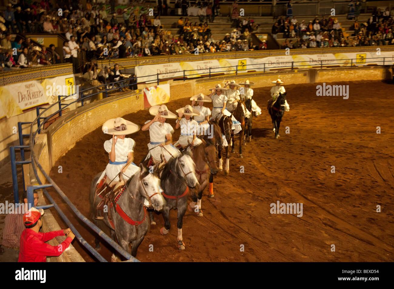Lienzo Charro, Charreda Show e Fiesta, Guadalajara, Jalisco, Messico Immagini Stock